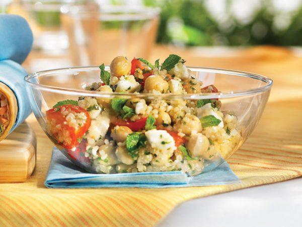 Salade de quinoa au feta, menthe et érable