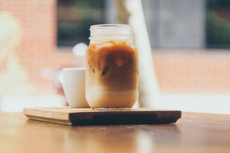 Café glacé végan au sirop d'érable